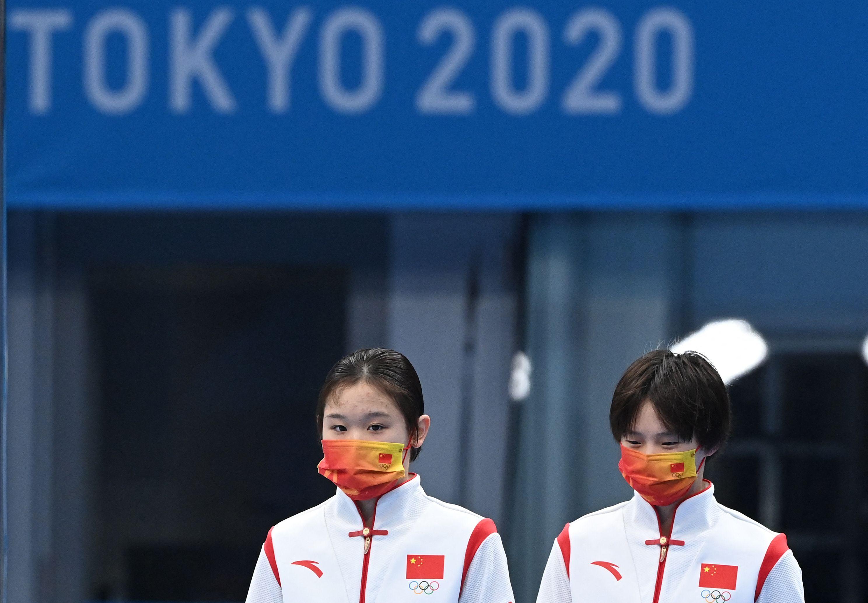张家齐陈芋汐女子双人十米台夺金,中国队重回奥运会奖牌榜第