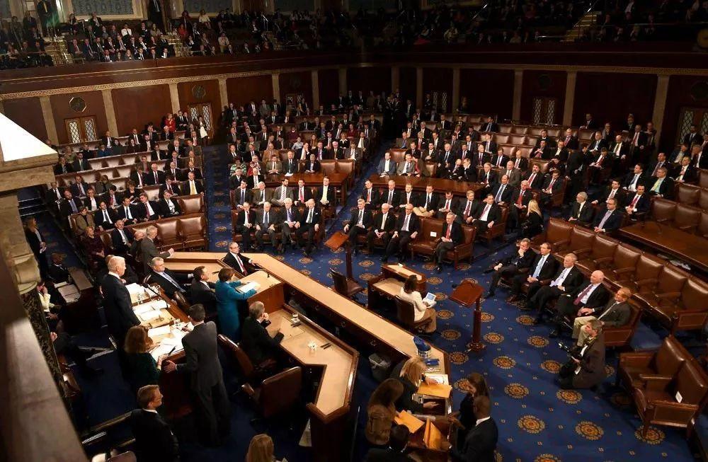 <b>百利好:美国众议院通过3.5万亿基建预算 黄金价格将坐上快班车</b>